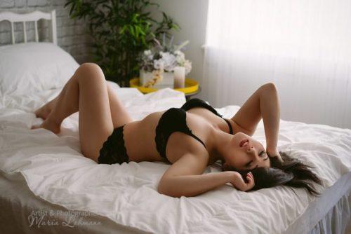 Groupon cheap boudoir photography Vancouver 2